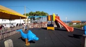 zona-infantil-camping-pontevedra